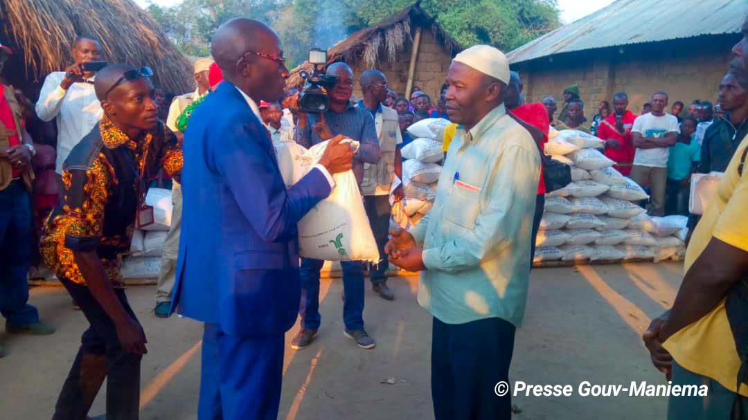 Kasongo : Distribution des semences aux communautés locales