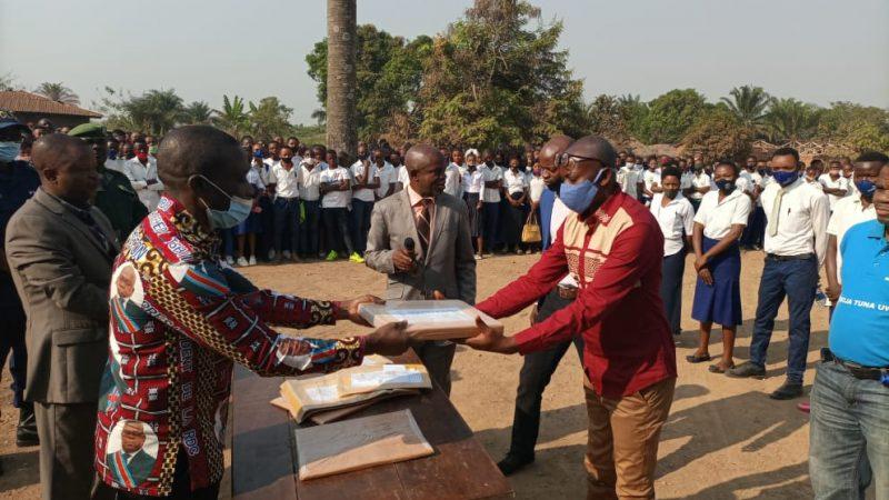 Maniema : le Gouverneur ai lance les épreuves hors-session des Examens d'Etats