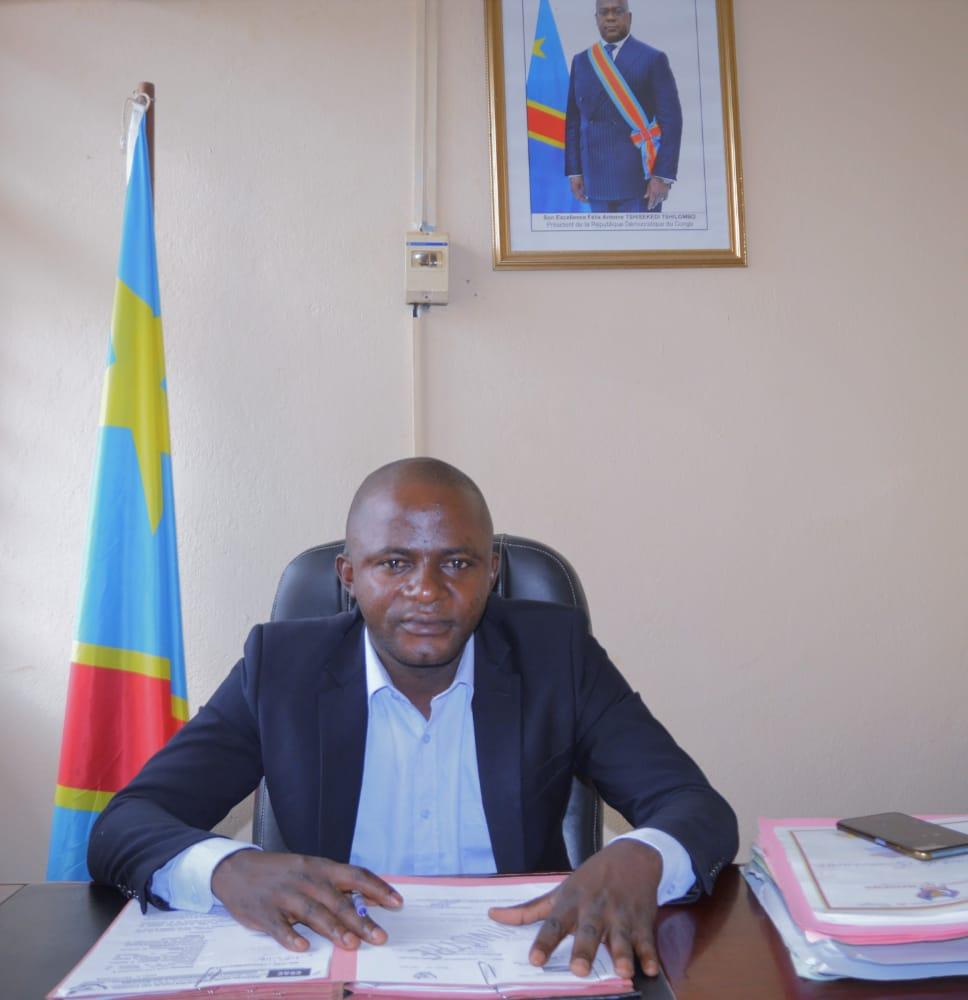 Maniema : le ministre provincial en charge de la communication et médias départage la radio kindu fréquence modulée et le CSAC