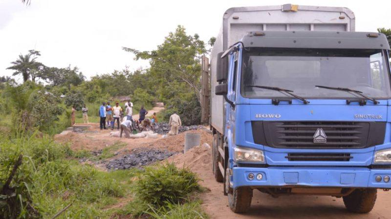 Kindu : Le Gouverneur ai AFANI IDRISSA MANGALA transforme la commune d'Alunguli en Chantier permanent par la construction des plusieurs ouvrages d'art